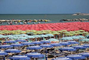 Spiaggia ed Hotel Torre Pedrera di Rimini